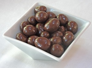 Chocolate Covered Macadamia Hawaii