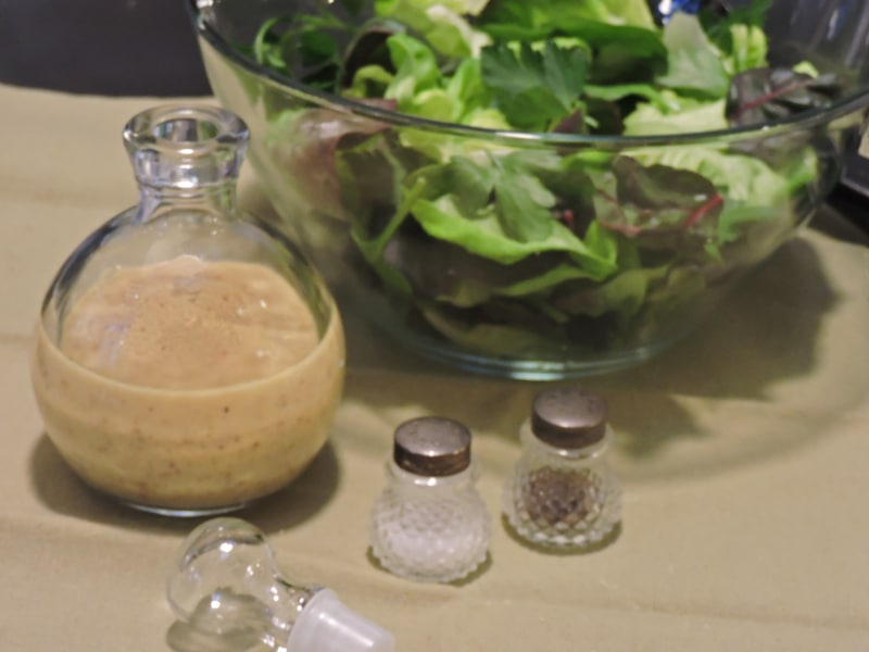 CAN A GREAT VINAIGRETTE SAVE A MARRIAGE? (CarbWarsCookbooks.com)